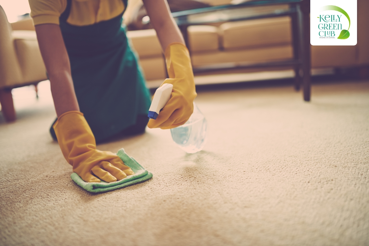Kelly Green Club - How to get stains out of carpets using only soap and water!